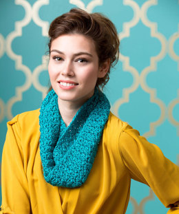 Puff Stitch Cowl in Red Heart Sparkle Soft - LW4552EN