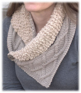 Collared Scarf in Plymouth Yarn Arequipa Aventura and Worsted - 3051 - Downloadable PDF