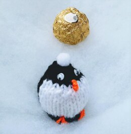 Playful Penguin - Ferrero Rocher Chocolate Cover