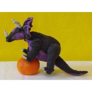 MICRO TRACY TRICERATOPS TOY DINOSAUR KNITTING PATTERN