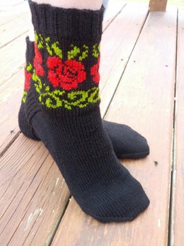 Rose Vines Socks