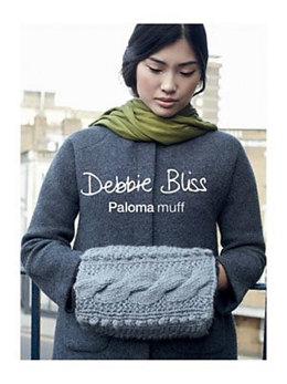 Muff in Debbie Bliss Paloma