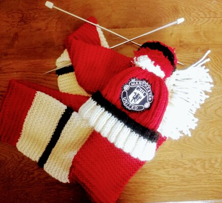 Football Scarf And Hat Knitting Project By Josephine S Loveknitting