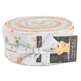 Moda Fabrics Best Friends Forever 2.5in Strip Roll