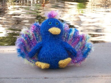 Percy Peacock Knitting pattern by The Byrd's Nest