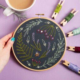 Hawthorn Handmade Black Wildwood Embroidery Kit - 16cm