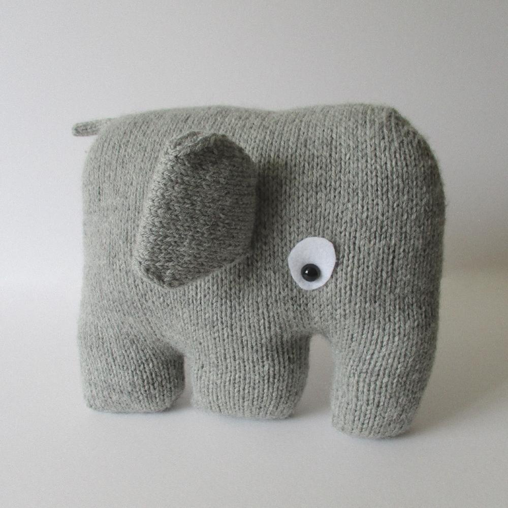 Elephant Cushion Knitting pattern by Amanda Berry Knitting Patterns LoveK...