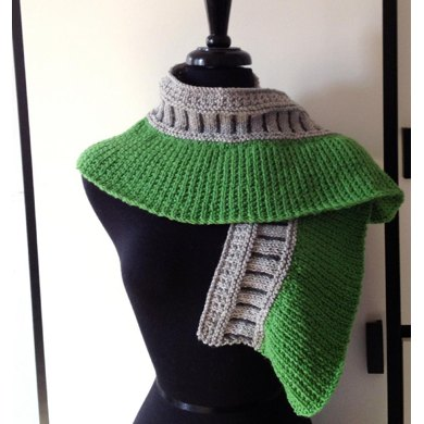 Revenant Curved Shawl