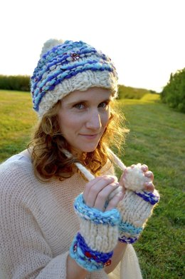 Striped Hoodie Hat & Glove Set in Knit Collage Gypsy Garden