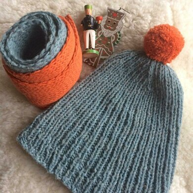 O.S.K.A.R._HAT and SCARF