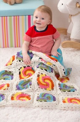 Pinwheel Baby Blanket in Red Heart With Love Solids - LW4140