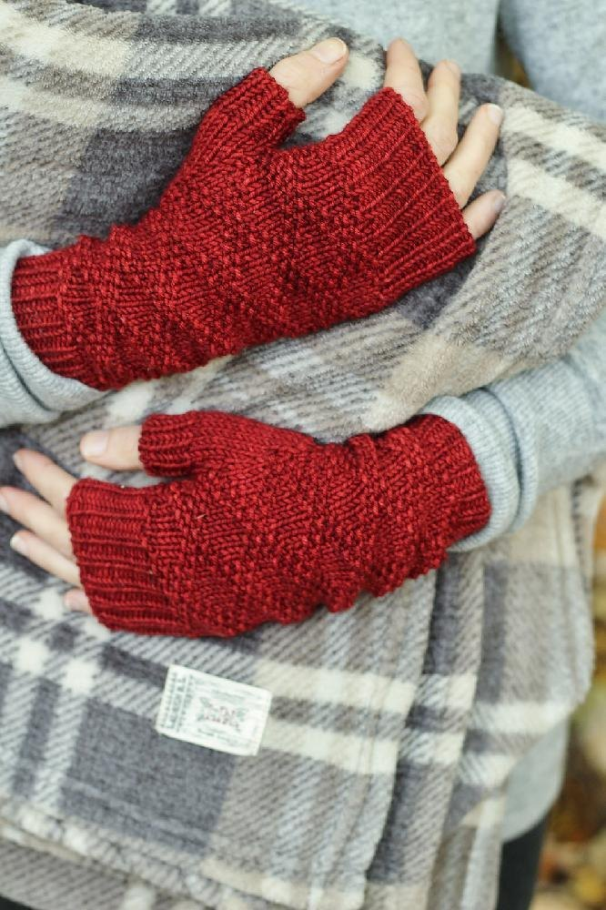 Red Flannel Knitting Pattern By Alicia Plummer