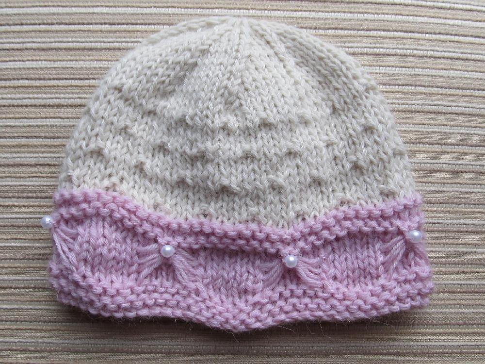 Knitting Pattern Baby Hat 12 Months : Baby Hat with Butterfly Stitch Trim 6 months, 12-18 months ...