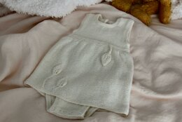 Fingering Weight 4 Ply Leaf Romper