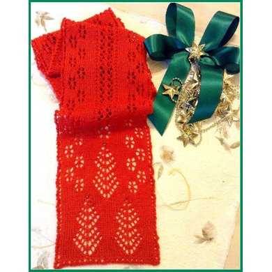 Christmas Trees and Snowflakes Knit Lace Scarf