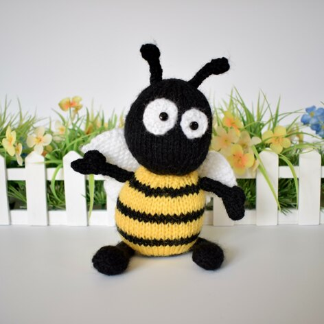 Top 5 Bumble Bee Knitting Patterns Lovecrochet