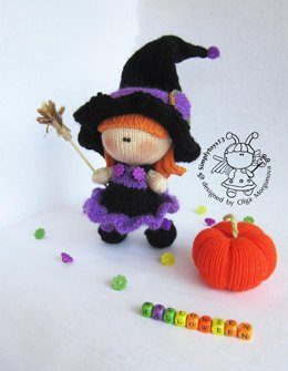 Young Witch doll and Pumpkin knitted flat