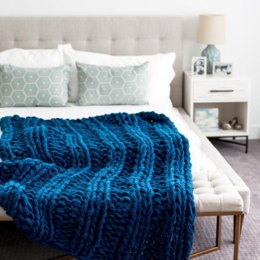 Arm Knit Ribbed Blanket