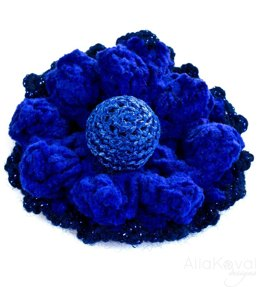 Royal Blue. Crocheted Flower Pins