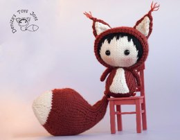 Big Tanoshi Squirrel Doll with removable tail