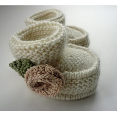 Little Rose Baby Booties