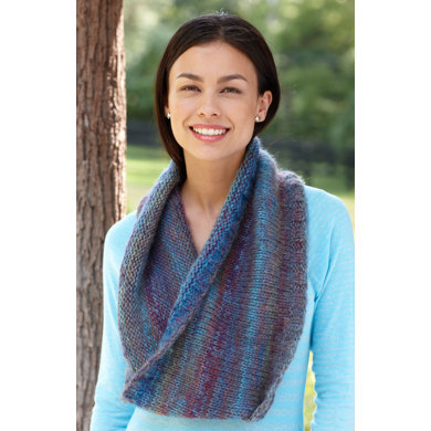 Port Chester Cowl in Lion Brand Amazing - 90582B