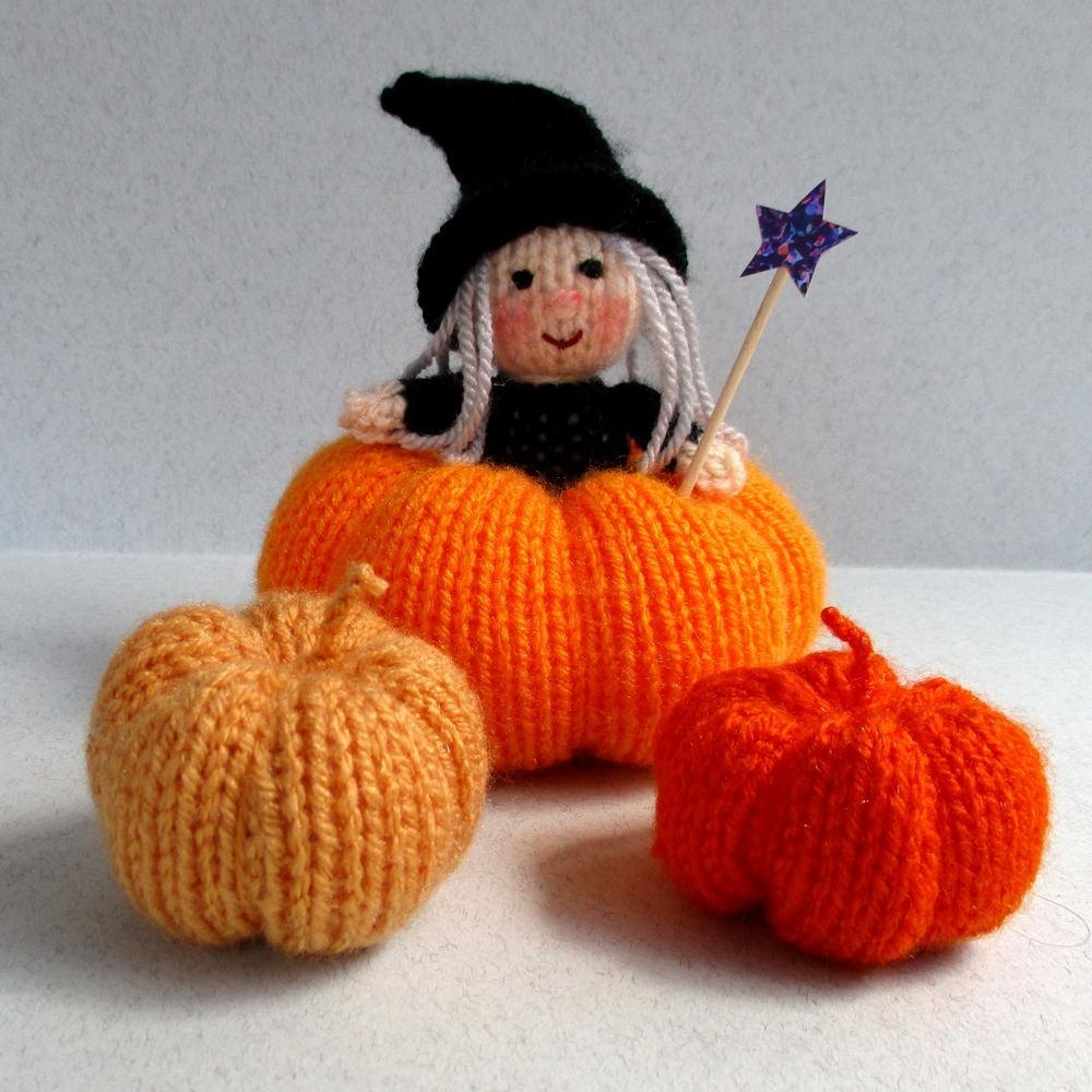 Halloween Witch and Pumpkins Knitting pattern by Toyshelf