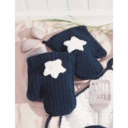 Star Oven Mitts in Lily Sugar 'n Cream Solids