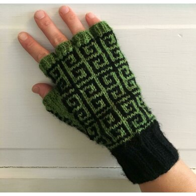 Grecian Keys Fingerless Gloves
