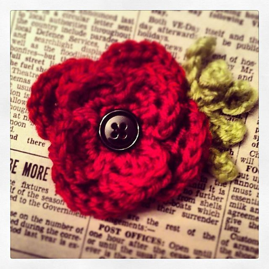 Remembrance poppy brooch crochet pattern by fiona campbell home patterns jewellery remembrance poppy brooch zoom bankloansurffo Image collections