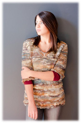 Women's V-Neck Pullover in Plymouth Yarn Sophia Tweed - 2775 - Downloadable PDF