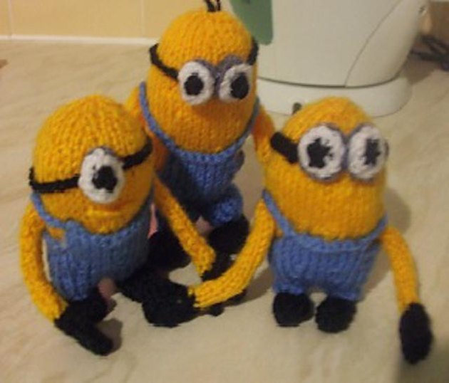 Knitting Pattern For Minion Jumper : Despicable Minions Knitting pattern by Hennie Knitting ...