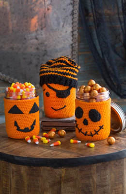 Halloween Jar Cozies in Red Heart Super Saver Economy Solids - LW4910 - Downloadable PDF