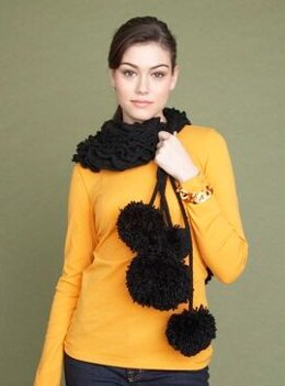 Pom Pom Scarf in Lion Brand Wool-Ease - 60711