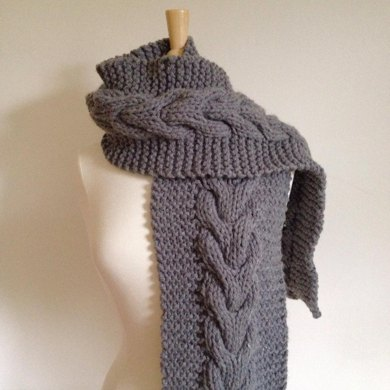 Horseshoe Cable Chunky Scarf Knitting Pattern By Heather Difabio