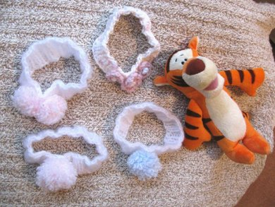 Newborn Baby Headband Knitting pattern by Scarlett