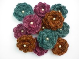 Yarndale Flower Brooch