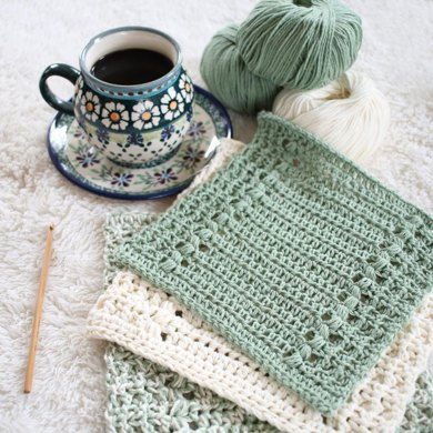 River's Edge Dishcloth and Hand Towel Set