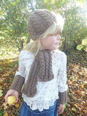 Child's 1 skein Cable Scarf, Beanie and Wrist Warmers