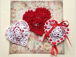 Valentine's Victorian Heart Paperweight: Reds Collection