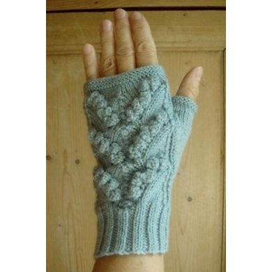 Lily-of-the-Valley fingerless mitts/gloves
