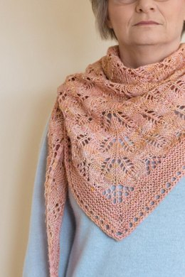 Faded Roses Shawl