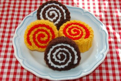 Knitting Pattern for Chocolate / Swiss Rolls / Cakes - Knitted Play Food