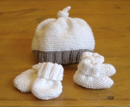 Easy Baby Hat, Booties & Mittens set