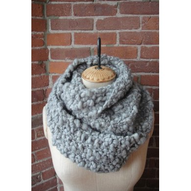 Seed Stitch Cowl in Knit Collage Sister Yarn