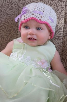 Pretty Enough For Easter Hat in Red Heart With Love Solids - LW4275