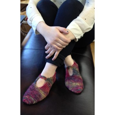 Simple Yelcho Slippers