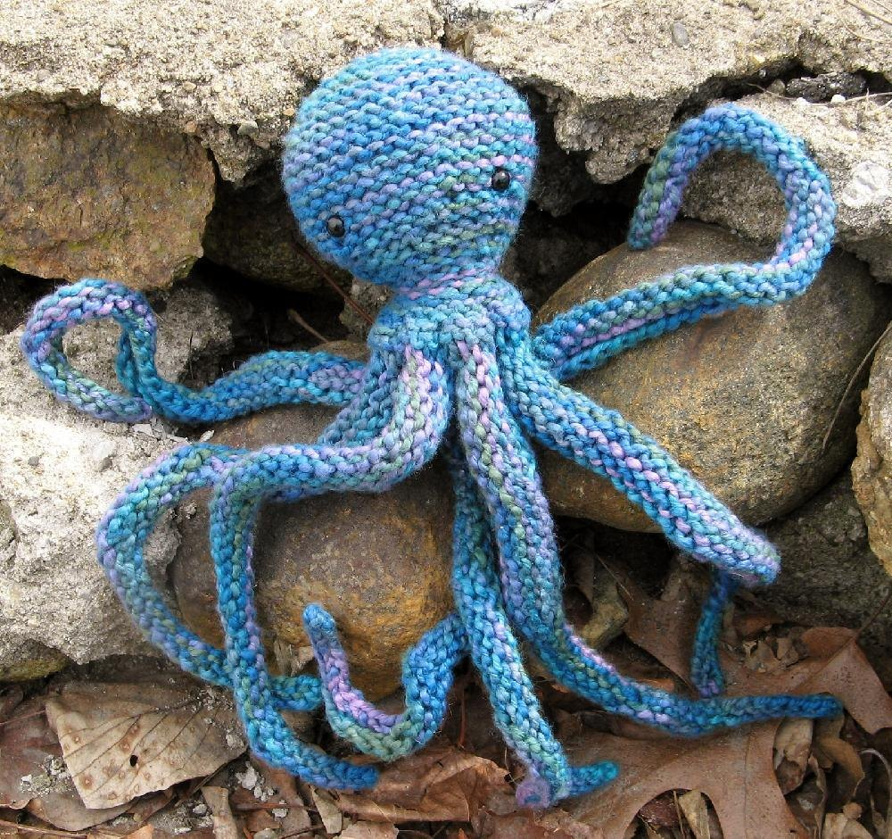 Acht the Octopus Knitting pattern by Rachel Henry ...