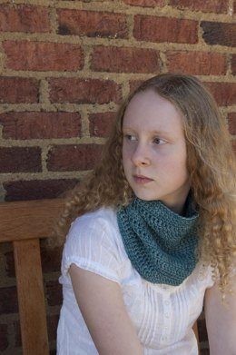 Learn to Crochet Cowl