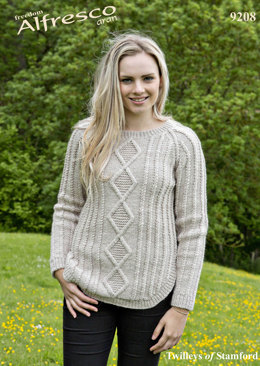 Sweater in Twilleys Freedom Alfresco Aran - 9208